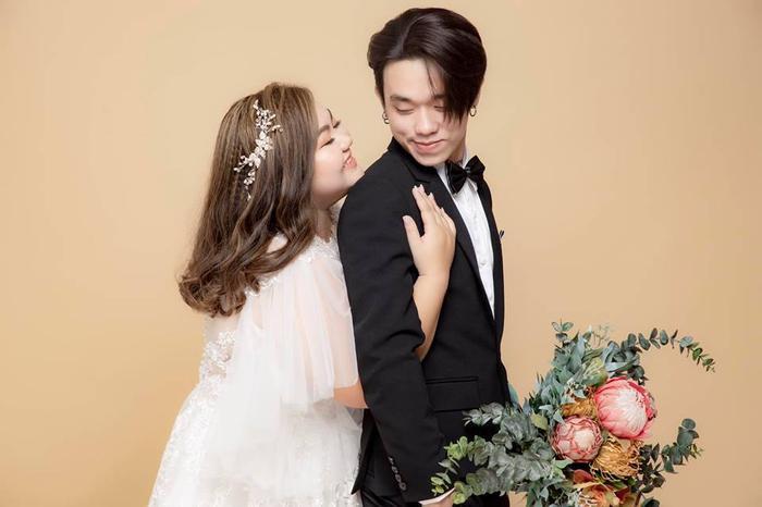 Ảnh cưới ngọt ngào của cặp đôi Tân Trương và Jenny.