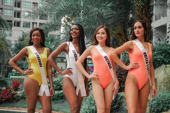 Là một cuộc thi có quy mô nhỏ, được ít người biết tới, Hoa hậu Phong cảnh Quốc tế khiến nhiều khán giả nghi ngờ về tính chuyên nghiệp, chất lượng của cuộc thi.