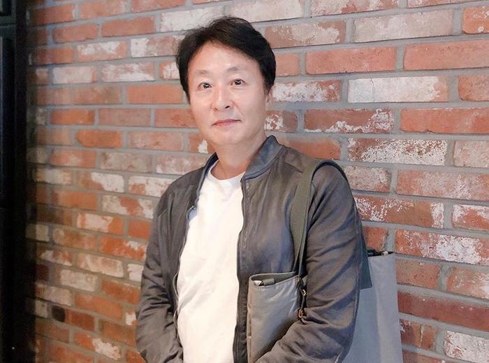 Kim Jong Soo.