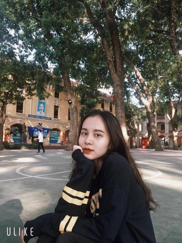 Loạt ảnh xinh ngây ngất của nữ sinh mặc áo dài đẹp nhất THPT Phan Đình Phùng