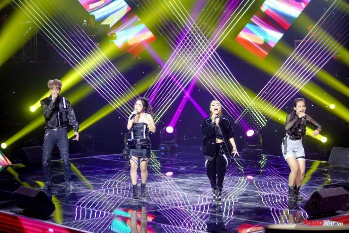 HLV Hồ Hoài Anh tự đặt luật chơi, màn loại bất ngờ nào sẽ xảy ra cuối vòng Đối đầu The Voice 2019? ảnh 5