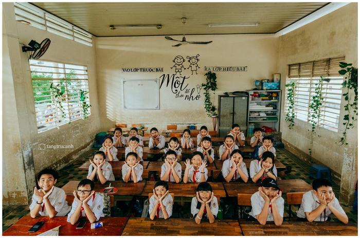"""Bộ ảnh kỷ yếu đáng yêu của những bạn học sinh chỉ mới lớp 5 đang làm """"điên đảo"""" cộng đồng mạng. Ảnh: Tăng Trúc Anh"""
