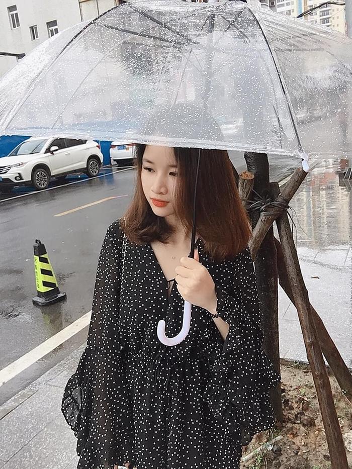 Gái xinh đi Trung Quốc 2 ngày với chi phí 1,5 triệu đồng khiến dân tình đặt dấu hỏi: Có gì sai sai ở đây?