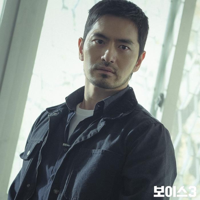 Lần đầu trong K-biz: Nữ ca sĩ bị dư luận ném đá chỉ vì chọn Lee Jin Wook làm mẫu bạn trai lý tưởng ảnh 5