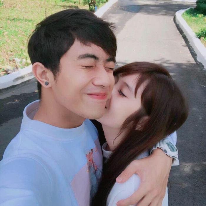 Trước đám cưới, hãy cùng nhìn lại những khoảnh khắc ngọt ngào của Cris Phan và bạn gái hơn tuổi Mai Quỳnh Anh ảnh 1