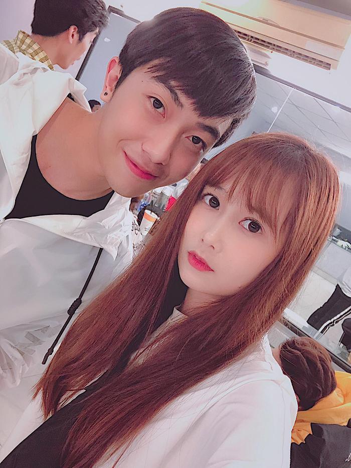Trước đám cưới, hãy cùng nhìn lại những khoảnh khắc ngọt ngào của Cris Phan và bạn gái hơn tuổi Mai Quỳnh Anh ảnh 11