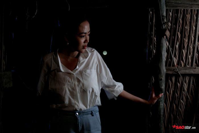 MV của Thái Ngân phải chuyển từ cảnh giữa trưa nắng đến tận đêm khuya.