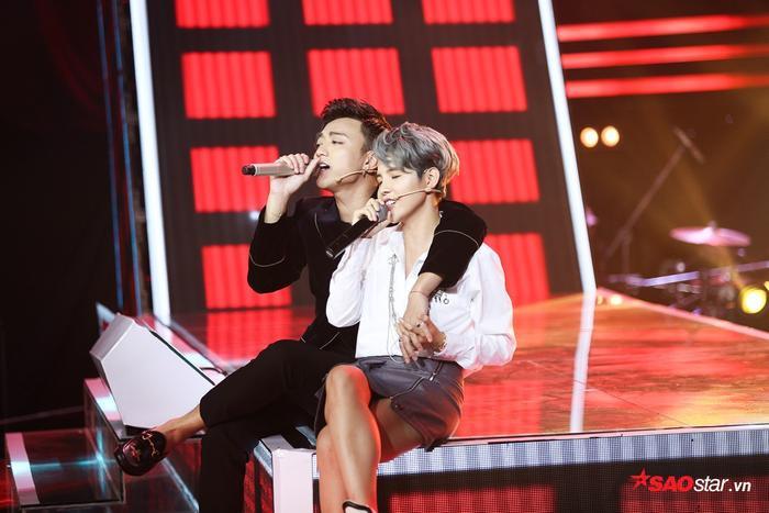 HLV ghế nóng The Voice Kids 2019 là cặp đôi Sơn Tường ngày nào chăng?