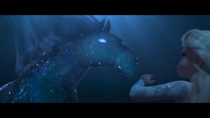 Chú ngựa lao vút đến rồi tan thành những hạt lấp lánh.