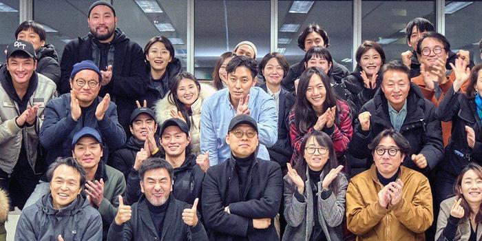 """Hình ảnh tại buổi đọc kịch bản đầu tiên của """"Kingdom"""" mùa 2 diễn ra vào tháng 02 vừa qua"""