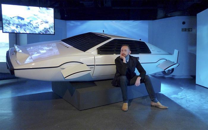 """Nguyên mẫu chiếcLotus Esprit được trưng bày tại triển lãm """"Bond In Motion"""". (Ảnh:MARK O'CONNELL)"""