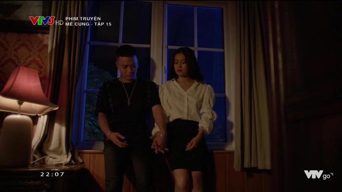 Tình cảm của Khánh và Lam Anh ngày càng khắng khít hơn.