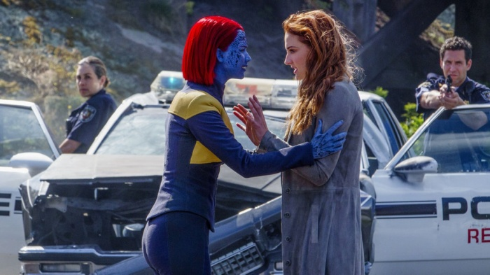 Jean Grey trong 1 lần không kiểm soát được năng lực của mình nên đã vô tình giết chết Mystique.