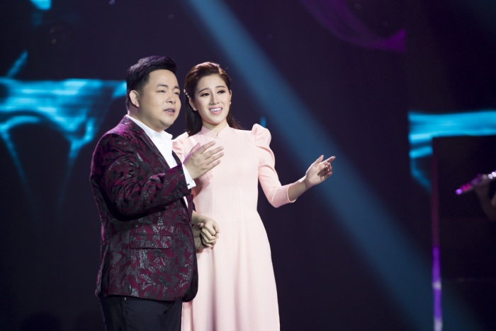 """Quang Lê và Tố My có những khoảnh khắc """"cực ngọt"""" trên sân khấu."""