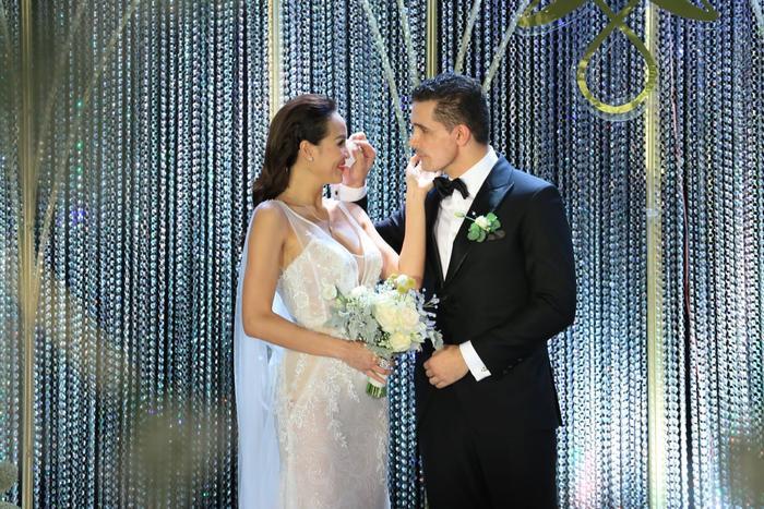 Choáng với giá trị bộ trang sức của Phương Mai diện trong ngày cưới ảnh 5