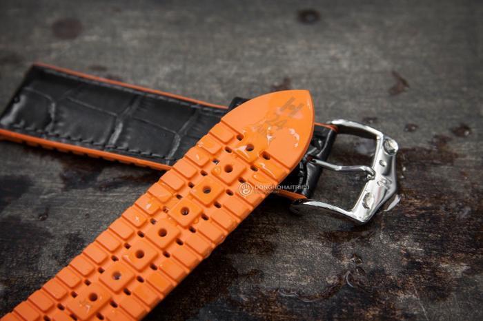 Hirsch có nhiều phân khúc, riêng dòng dây da đồng hồ xịn thì giá khoảng 1,6 triệu.