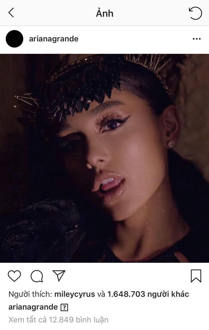 Ariana Grande xưng vương trên mạng xã hội, khẳng định vị trí của mình trong làng nhạc?