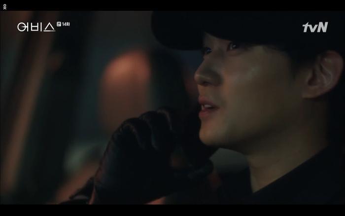 Phim Abyss tập 13-14: Ahn Hyo Seop lại hồi sinh sát nhân, đau khổ khi Park Bo Young bị nhốt trong phòng băng đến chết ảnh 36