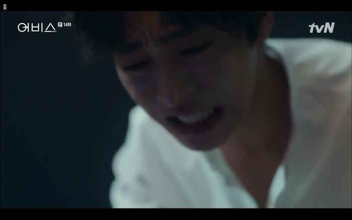 Phim Abyss tập 13-14: Ahn Hyo Seop lại hồi sinh sát nhân, đau khổ khi Park Bo Young bị nhốt trong phòng băng đến chết ảnh 51