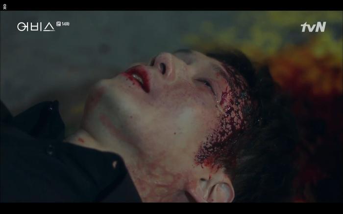 Phim Abyss tập 13-14: Ahn Hyo Seop lại hồi sinh sát nhân, đau khổ khi Park Bo Young bị nhốt trong phòng băng đến chết ảnh 56