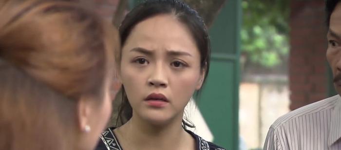 Tập 47 phim Về nhà đi con: Từ cô Xuyến đến cô Hạnh, Anh Thư nhận lại chỉ trích vì phản đối bố đi bước nữa ảnh 7