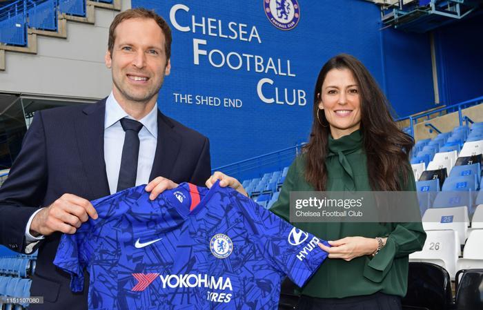 Cech về Chelsea với một cương vị mới.