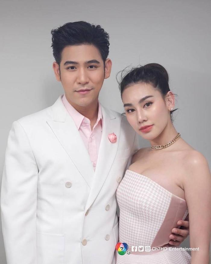 6 cặp đôi ngôi sao Thái Lan thừa nhận hẹn hò trong năm 2019: Số 3 là cặp Friendzone phiên bản đời thực ảnh 8
