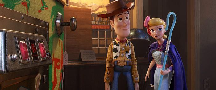 Phần phimToy Story 4vẫn được hưởng ứng mạnh mẽ, chứng minh cho sức hút bất chấp lứa tuổi của tác phẩm do đạo diễnJosh Cooley cầm trịch.