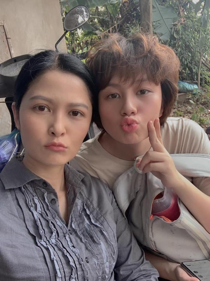 Thúy Hà được biết đến nhiều nhất với vai cô Hạnh trong bộ phim Bến không chồng của đạo diễn Lưu Trọng Ninh năm 2001.