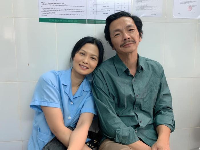 Người đảm nhiệm vai diễn đó chính là nữ diễn viên Đinh Thị Thuý Hà. Cô cũng đóng cả vai người vợ đã mất của ông Sơn.