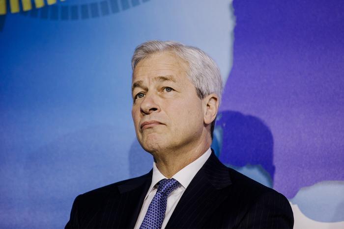 CEO JP Morgan Chase -Jamie Dimon hối hận vì gọi Bitcoin là 'trò lừa đảo' chỉ sau 4 tháng