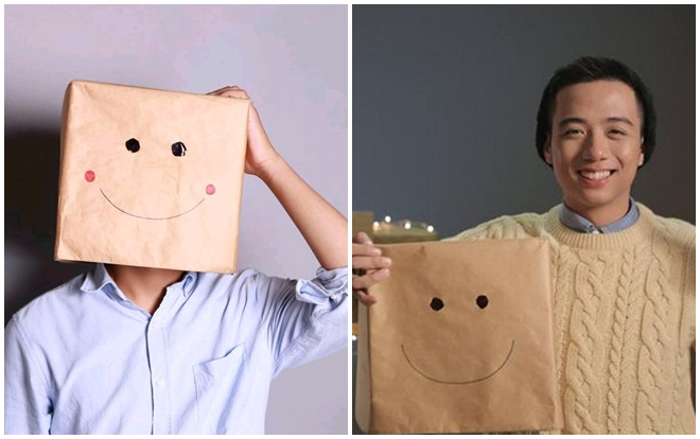 """He Always Smiles đã từng được xem là vlogger bí ẩn nhất của Việt Nam. Người ta đã quá quen với hình ảnh anh chàng xuất hiện trong các vlog của mình đội một """"chiếc hộp thần kì"""". Sau 2 năm làm vlog, He Always Smiles quyết định cởi bỏ chiếc hộp xuống, công khai danh tính của mình. Sau khi lộ diện, anh chàng khiến nhiều fan ngạc nhiên vởi vẻ ngoài điển trai, gương mặt hiền lành."""