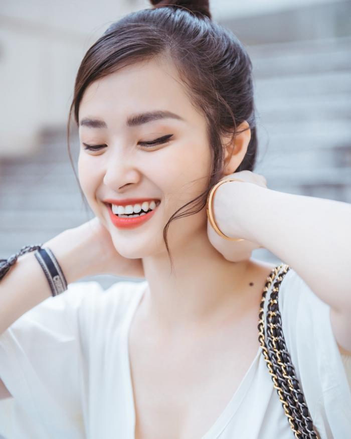 Fan xôn xao về hình ảnh một Đông Nhi ngày càng xinh đẹp và lão hóa ngược ảnh 7