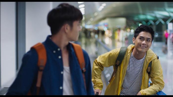 Nổi da gà với teaser phim đam mỹ Thưa mẹ con đi: Hai mỹ nam Việt tình bể bình từ ánh mắt, cử chỉ đến nụ hôn ngọt ngào ảnh 4