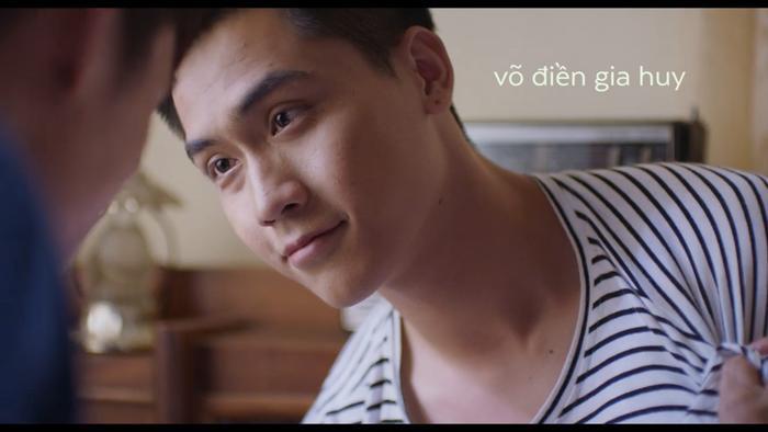 Nổi da gà với teaser phim đam mỹ Thưa mẹ con đi: Hai mỹ nam Việt tình bể bình từ ánh mắt, cử chỉ đến nụ hôn ngọt ngào ảnh 1