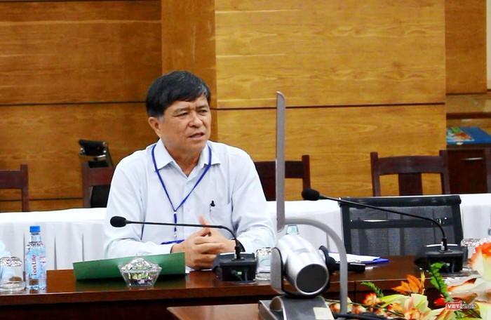 ÔngNguyễn Văn Hiếu – phó giám đốc Sở GD-ĐT TP.HCM, thừa nhận sơ xuất trong khâu in sao đề. Ảnh: VietTimes