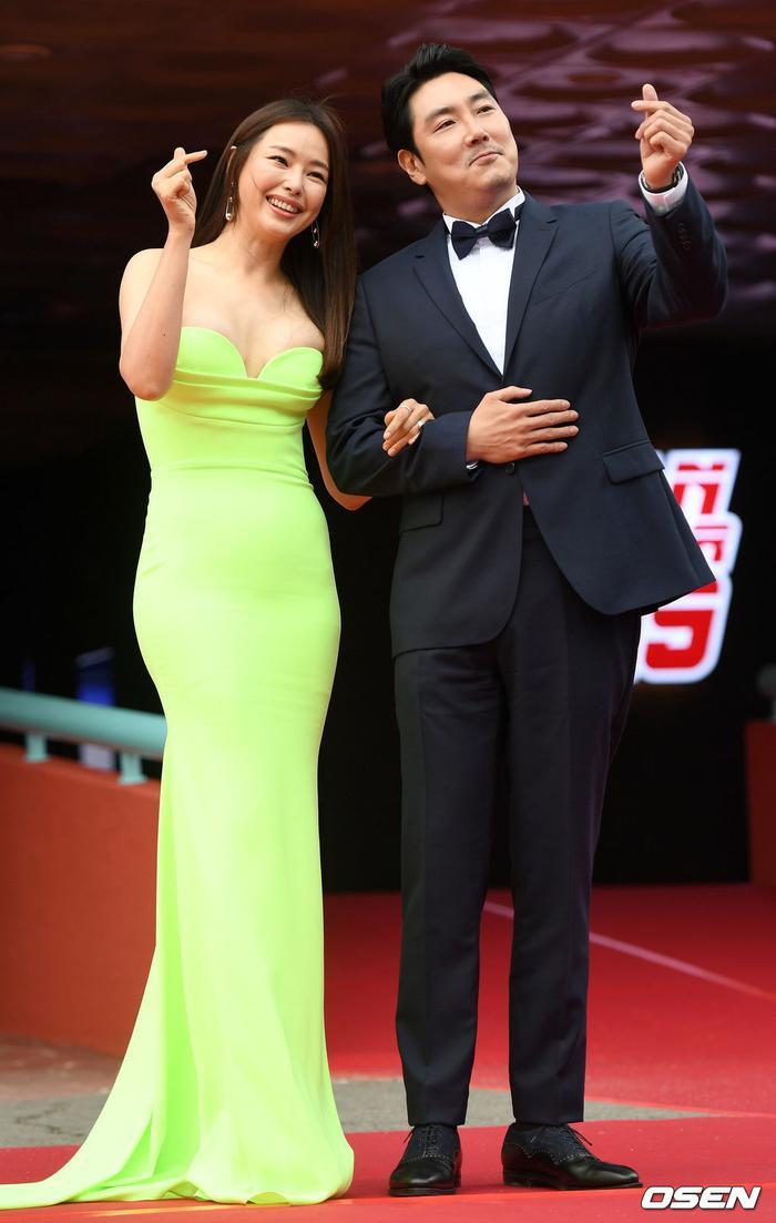 Lee Honey và ngôi sao điện ảnh Jo Jin Woong.