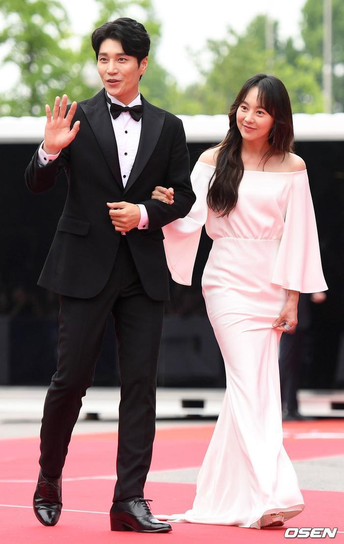 Kim Da Hyun và Yoo Da In.