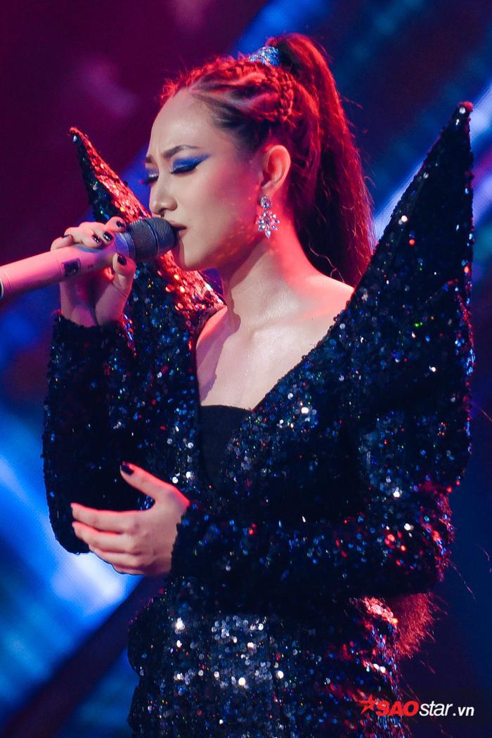 The Voice 2019: LAYLA nói gì về đối thủ Lâm Bảo Ngọc và HLV siêu khó tính Hồ Hoài Anh? ảnh 5