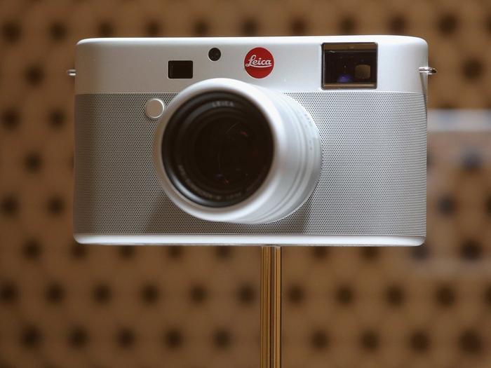 Ive từng hợp tác cùng Leica thiết kế máy ảnh để bán với mục đích từ thiện.