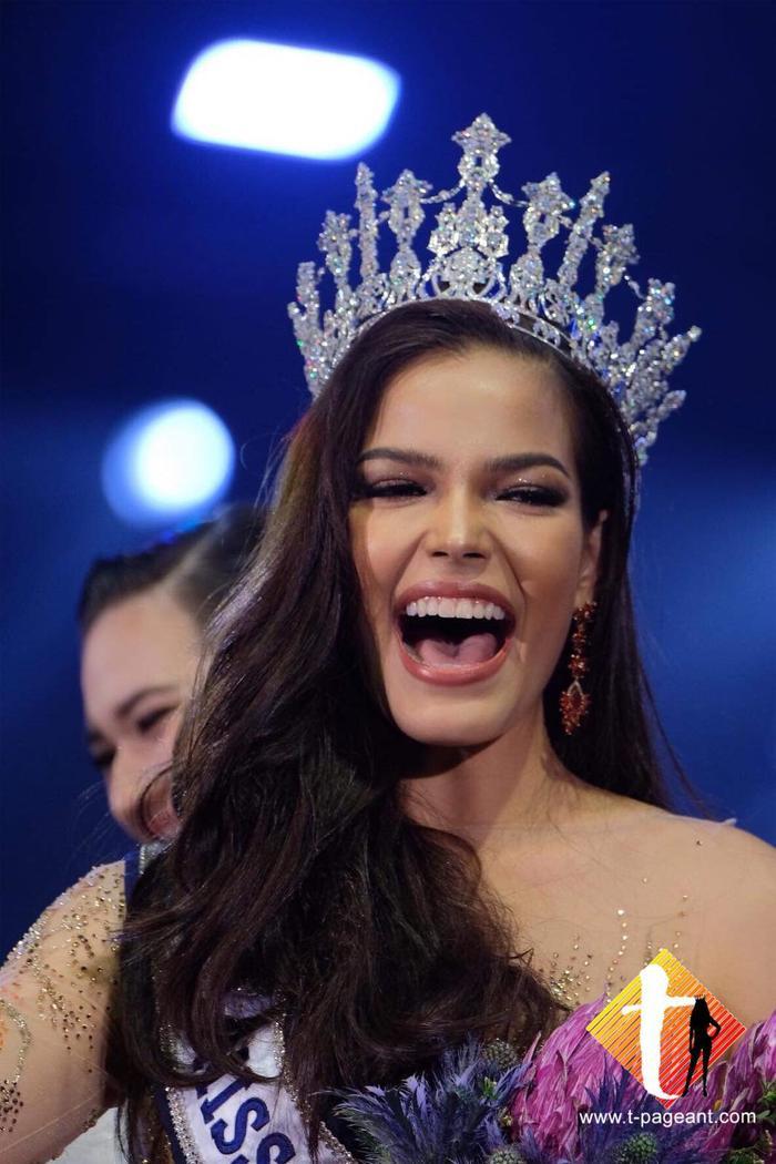 Nhận xét của HHen Niê về người đẹp từng 5 lần intop trước khi đăng quang Miss Universe Thailand 2019 ảnh 1