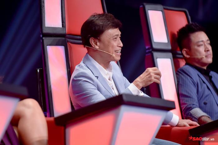 Thử sức với Thư pháp, hot boy đội Tuấn Ngọc  Hoàng Đức Thịnh vào top 9 The Voice 2019 ảnh 8