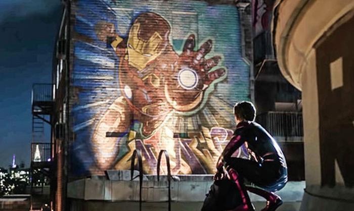 Sự hy sinh của Iron Man đã để lại quá nhiều đau buồn cho cậu nhóc.