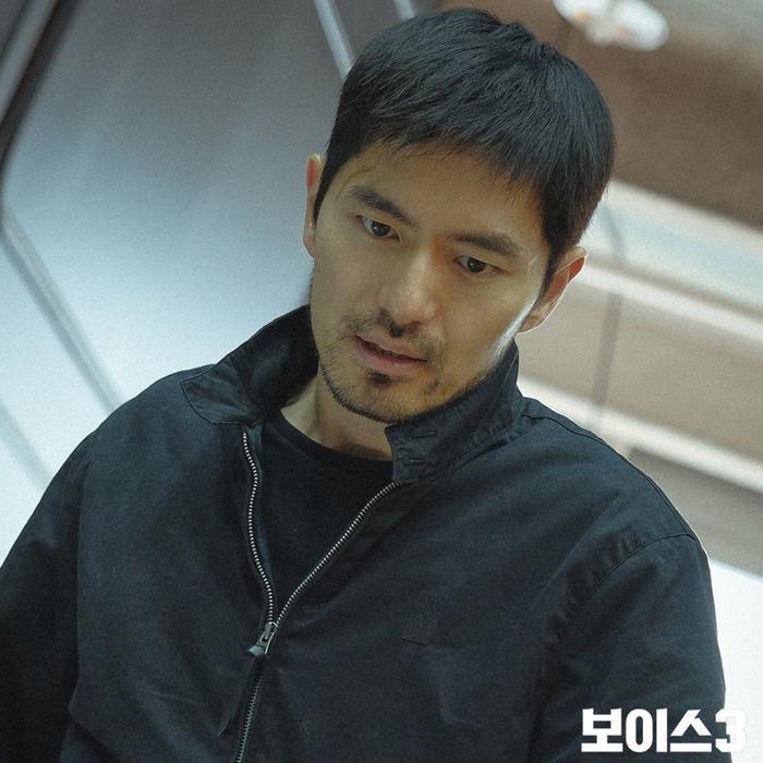 Voice 3: Nhà sản xuất nói về cái chết của Lee Jin Wook và kế hoạch làm phần 4 ảnh 6