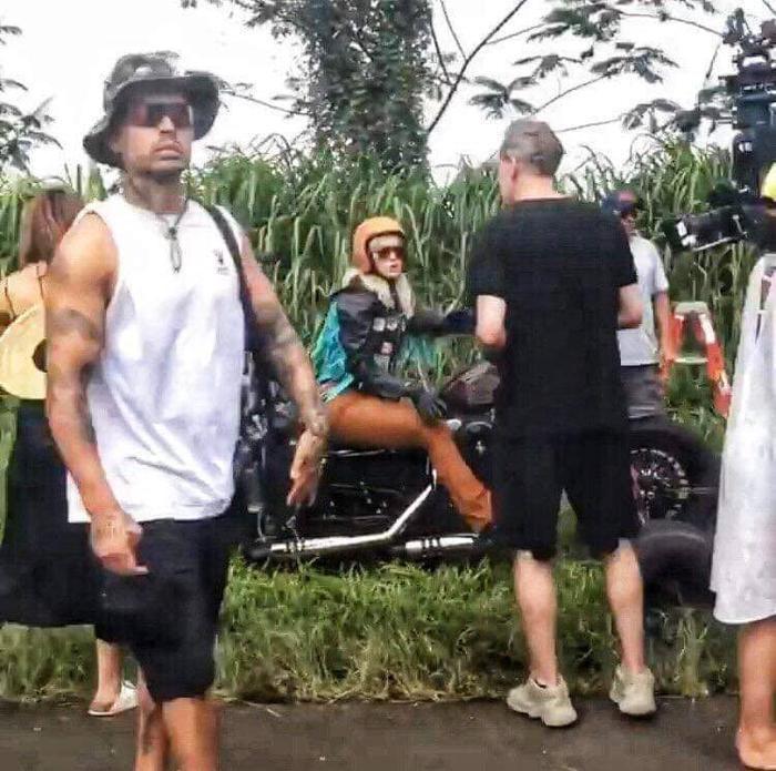 Katy Perry hóa quái xế trong sản phẩm mới?
