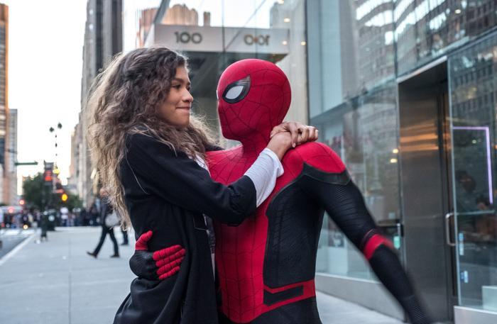 Review Spider Man: Far From Home: Siêu phẩm Marvel hay phim tình cảm lãng mạn tuổi mới lớn? ảnh 10