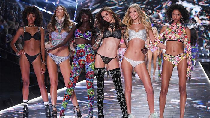 Bị dàn thiên thần quay lưng, rating tụt giảm nghiêm trọng, hồi tàn của Victoria's Secret đã điểm? ảnh 1