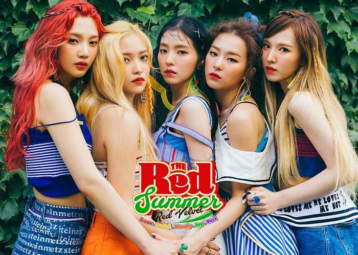 Các cô gái Red Velvet trong phong cách mùa hè Red Flavor.
