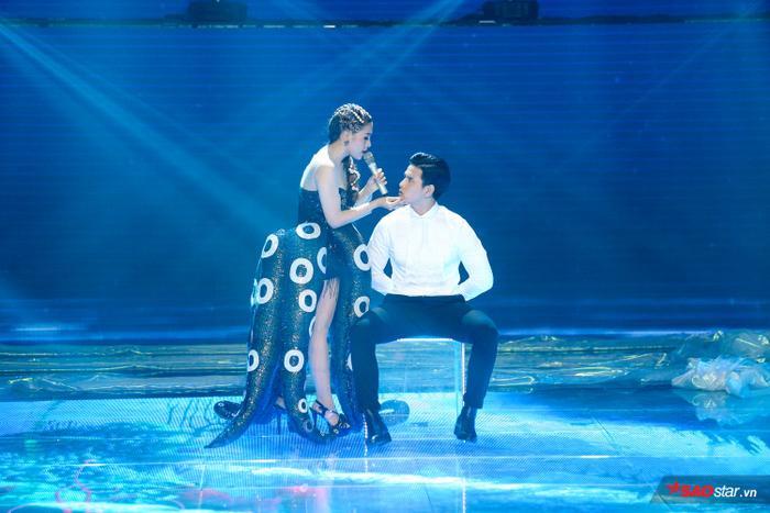 Hoá phù thủy bạch tuộc, Bích Tuyết ngậm ngùi nhìn tiên cá Hải Triều hạnh phúc bên hoàng tử Trịnh Bảo ảnh 1