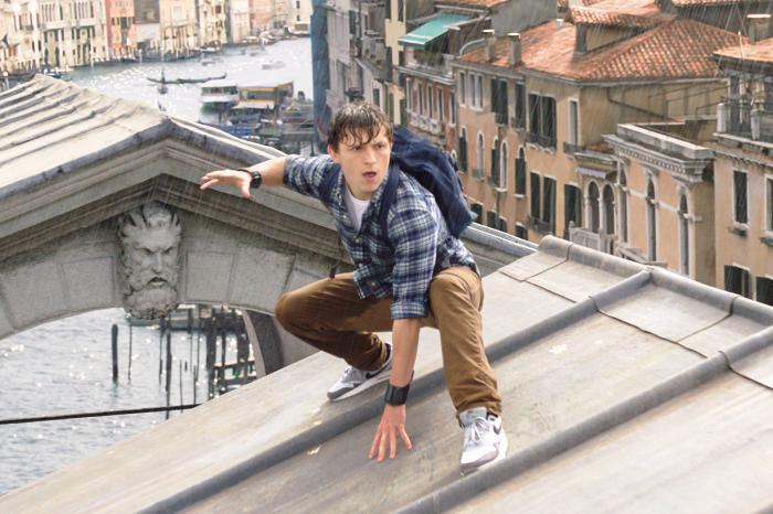 Peter Parker của Tom Holland tiếp tục được khai thác dưới góc nhìn tuổi mới lớn